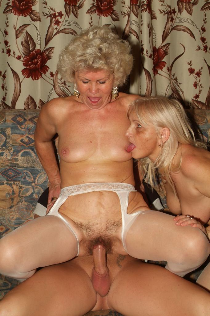 порно красивые старушки за деньги